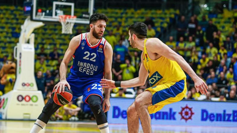 Maccabi-AnadoluEfes-AA.jpg