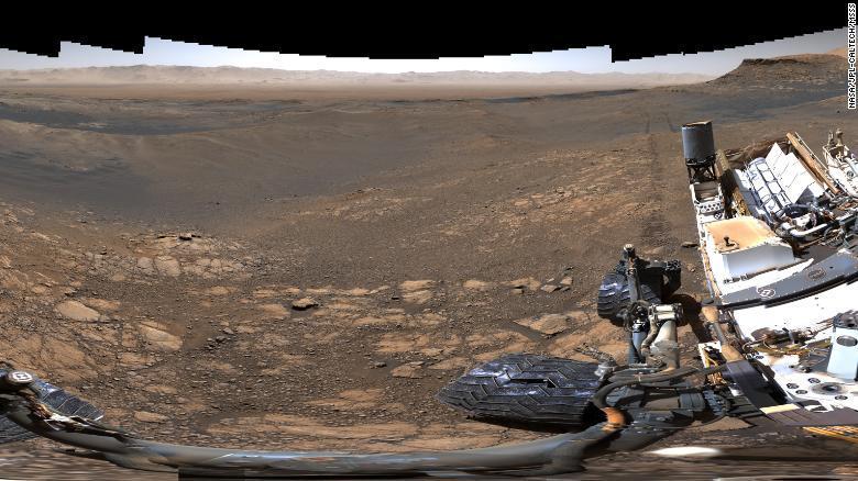 200304134742-02-mars-curiosity-rover-panorama-exlarge-169.jpg