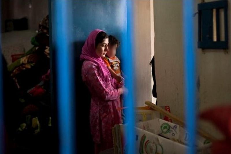 Afganistan'da kadın mahkumlar serbest bırakılıyor