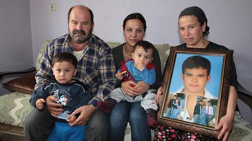ismail çolak ve ailesi.jpg