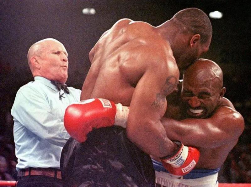 Mike Tyson Holyfield-AFP1.JPG