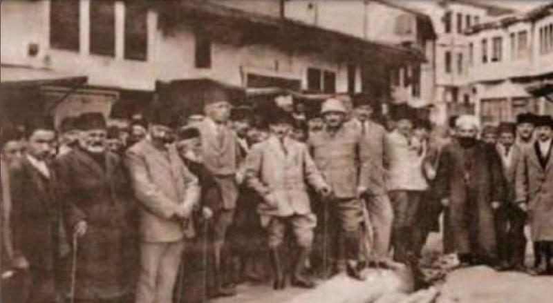 Mustafa Kemal Paşa ve karargahı Samsun'dan Havza'ya yola çıkarken www.Samsun2019.com_.tr_.jpg