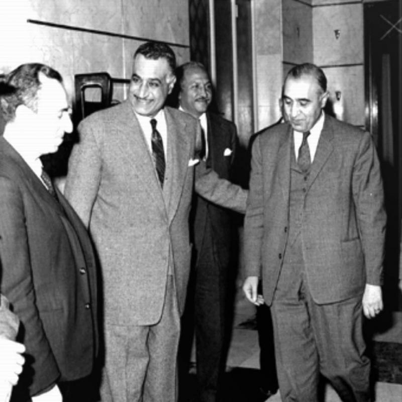 Mişel Eflak, Nasır ve Selahaddin Bitar 1958.jpg