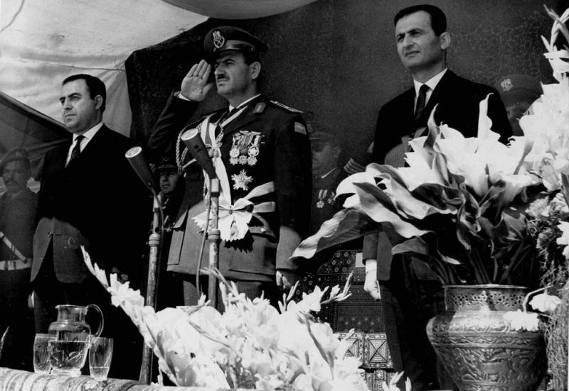 Cumhurbaşkanı Nureddin Attasi, Hafız Esed, Salah Cedid.jpg