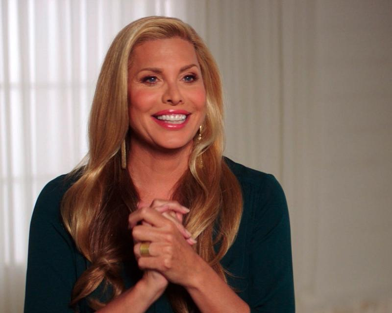 Candis Cayne in Disclosure.jpg