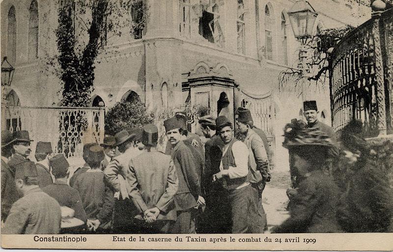 31 Mart Olayı, Fransızca haber ve foto-Taşkışla-Taksim-İstanbul.jpg