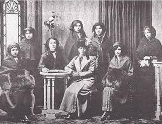Nuriye Ulviye Mevlan Civelek-İstanbul Kadın Müzesi.jpg