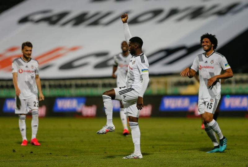 Beşiktaş-1-AA (2).jpg