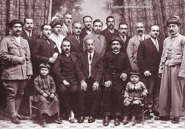 Hoybun Cemiyeti kurucuları ve bazı üyeleri.jpg
