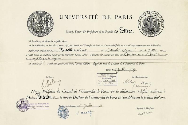 Nurettin Topçu'nun Paris (Sorbonne) Üniversitesi'nden aldığı (2 Temmuz 1934) doktora diploması (Dergâh Yayınları Arşivi).jpg