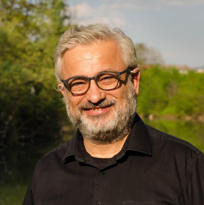Prof. Dr. Erdoğan Atmış Independent Türkçe