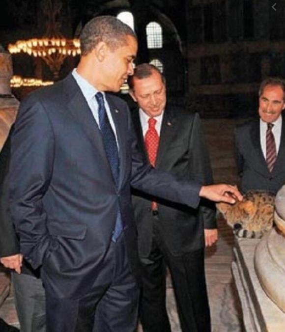 Obama Gli Ayasofya Twitter.jpg