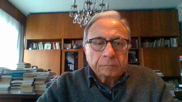 Prof. Dr. İzzettin Önder.jpg