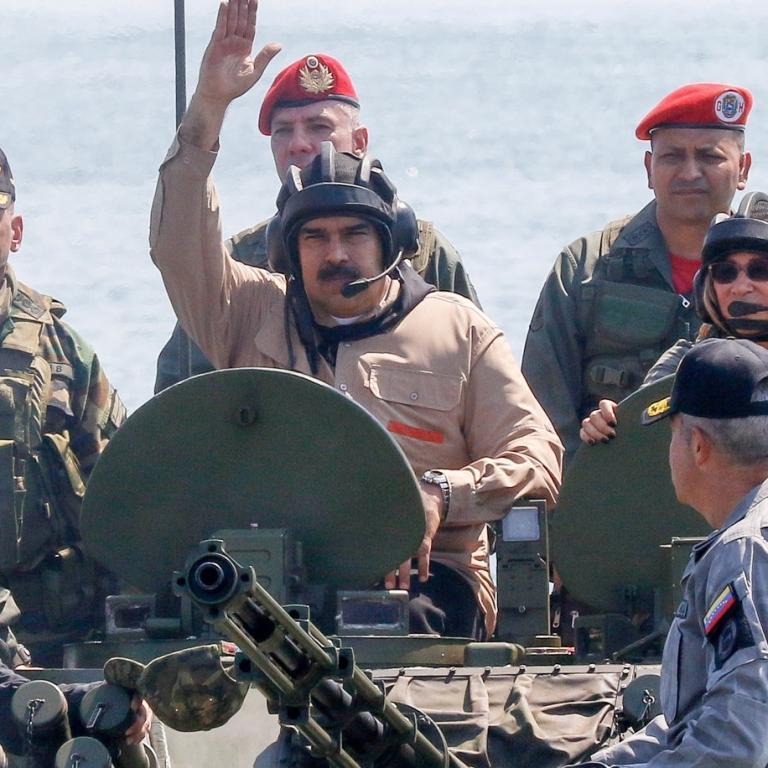 Venezuela'daki başarız darbede Wagner elemanları Başkan Maduro'yu desteklediler. Reuters.JPG