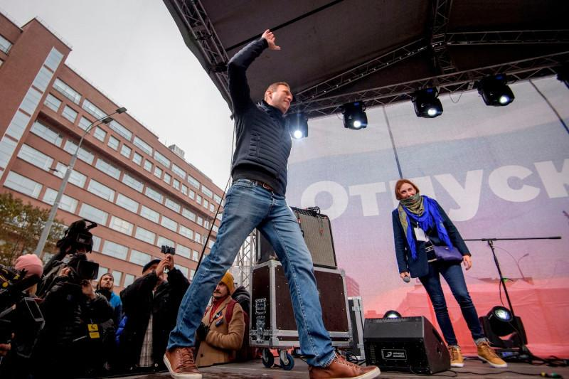 Yuri Kadobnov AFP.jpg