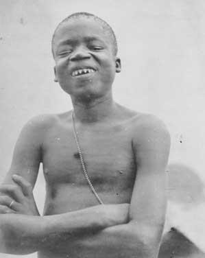 Ota Benga 1904.jpg