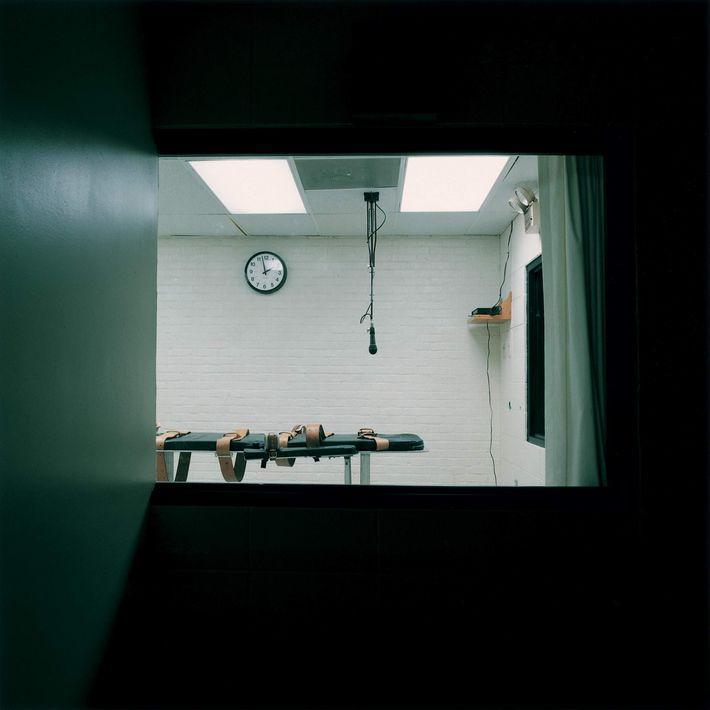 Lucinda Devlin-Galerie m BochuM-.jpg