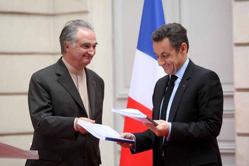 Attali Sarkozy AFP.jpg