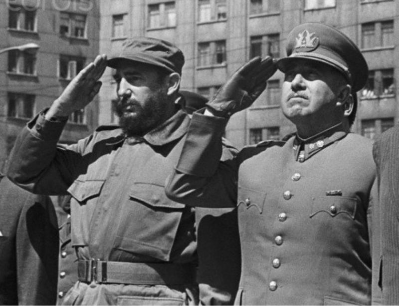 Fidel Castro Augusto Pinochet.jpg