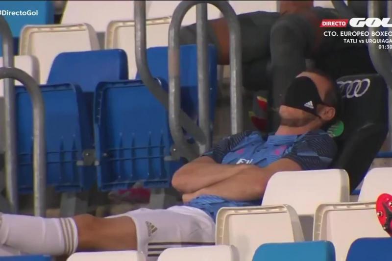 Bale-Tribün-Gol.jpg