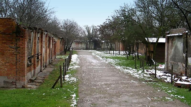 İtalya'daki bir toplama kampı kalıntısı-ITA.jpg