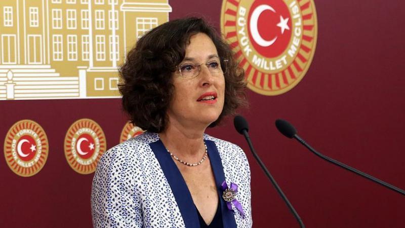 Filiz Kerestecioğlu aa.jpg