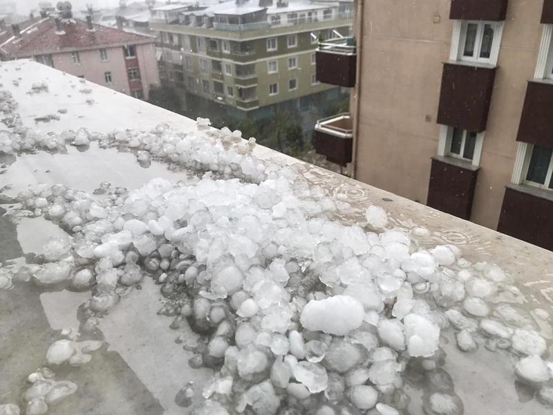 MEHMET AYDURAN_istanbul-saganak-dolu1.jpg