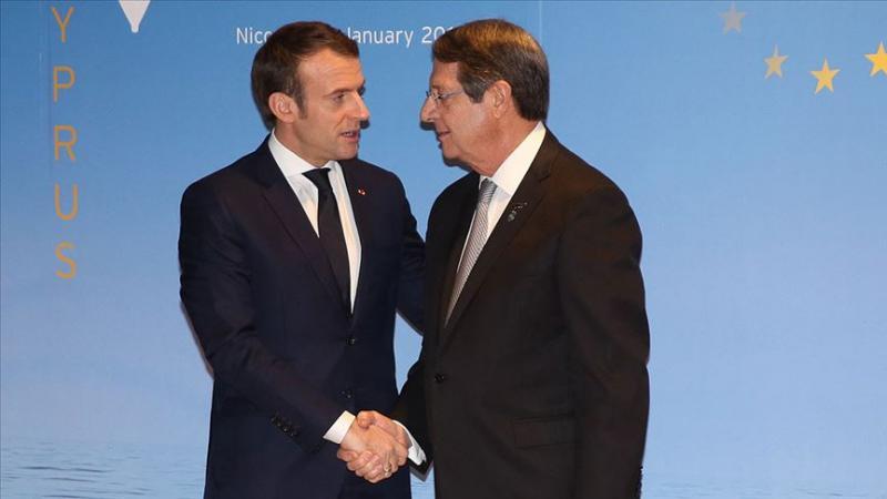 Güney Kıbrıs Rum Yönetimi (GKRY) lideri Nikos Anastasiadis ile Fransa Cumhurbaşkanı Emmanuel Macron AA.jpg