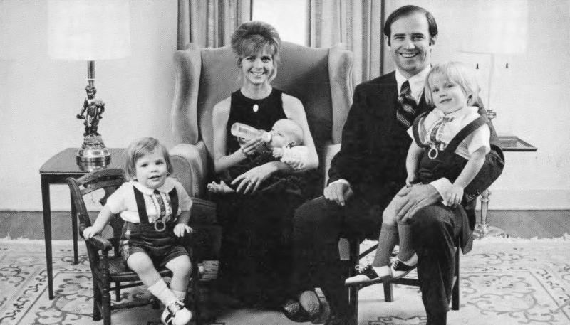 biden ailesi Delaware Halk Arşivleri - George ve Irene Caley kartpostal koleksiyonu.jpg