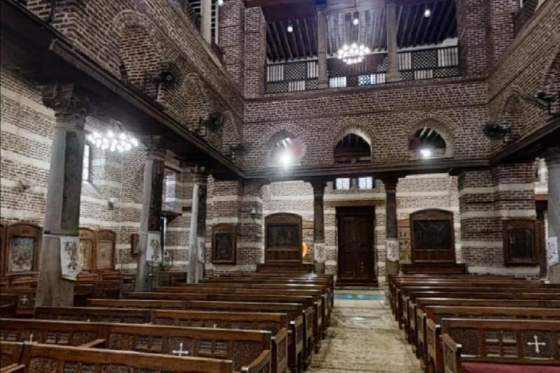 Kutsal Aile'nin içinde kaldığı, Meryem Ana'nın çocuğunu yıkadığı Mağara Kilisesi, Mısır kiliselerinin en önemlisi sayılıyor..jpg
