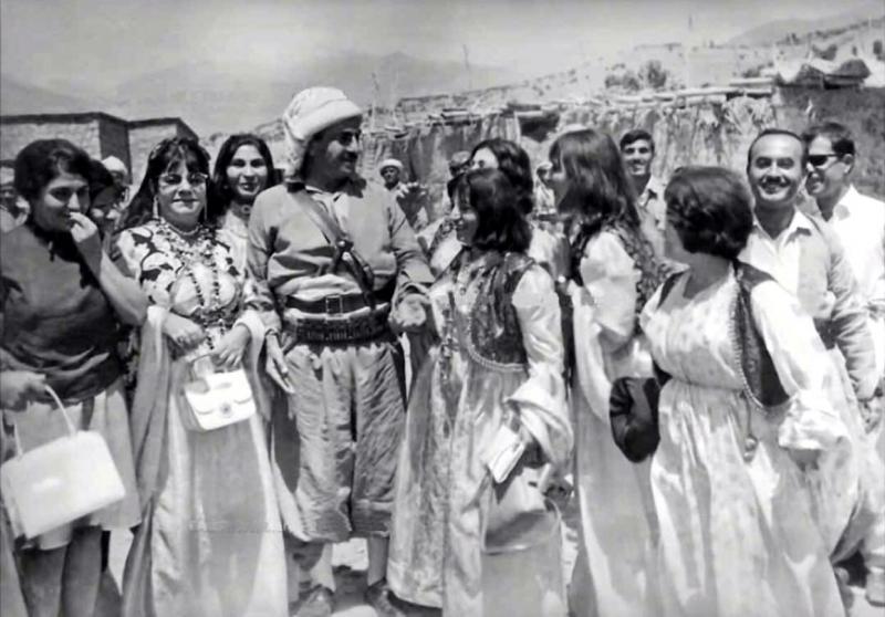Molla Mustafa Barzani-kaynak-Kürt Tarihi-001.jpg