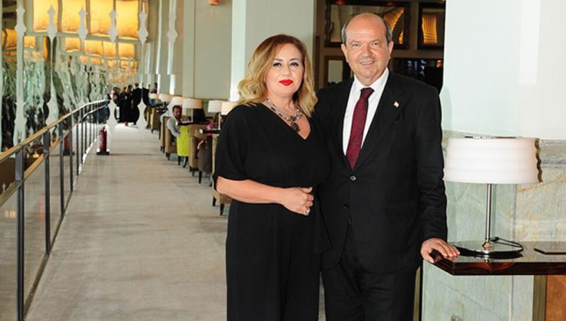 Sibel ve Ersin Tatar kıbrıspostası.jpg