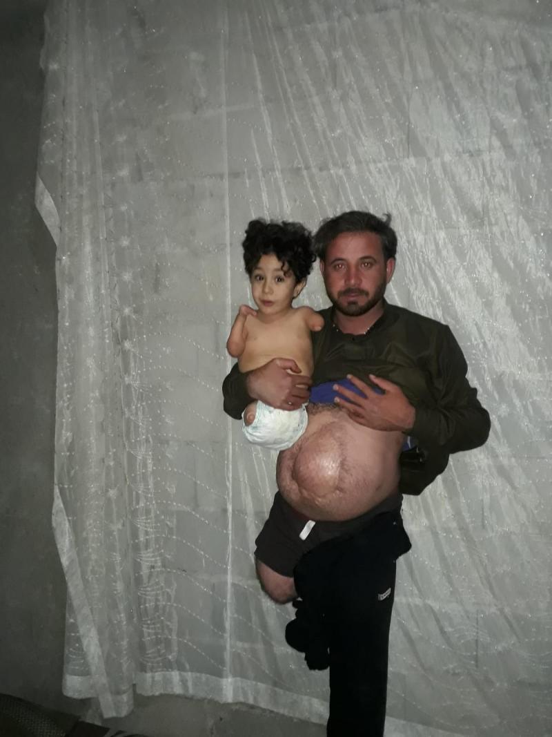 Mustafa Nezzal ve babası Munzir Nezzal Independent Türkçe.jpg
