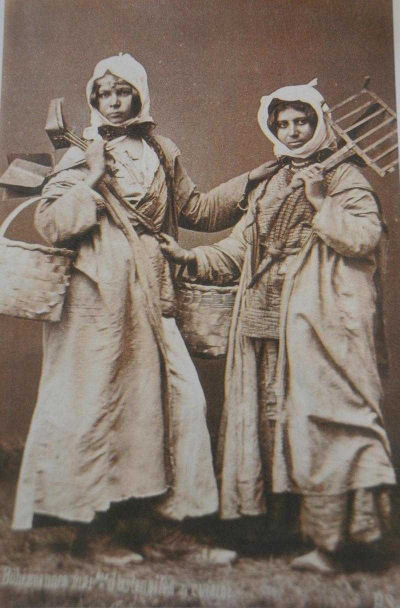 Kadınların Ekmek Zammı isyanını simgeleyen bir foto-kaynak-İHA.jpg