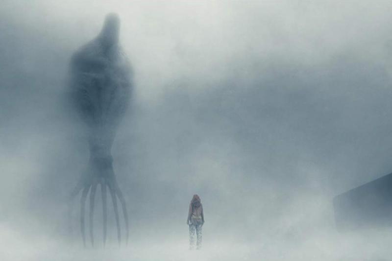 2016 yapımı Geliş (Arrival) filminde de ahtapot benzeri uzuvlara sahip uzaylılar işlenmişti (IMDB).jpg