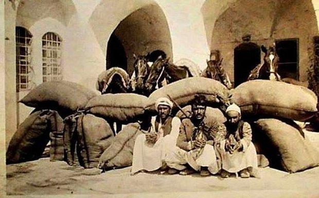 Diyarbakır Zahire Pazarı-1920'ler.jpg