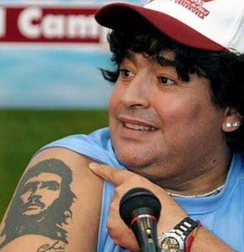Maradona che dövme reuters.jpg