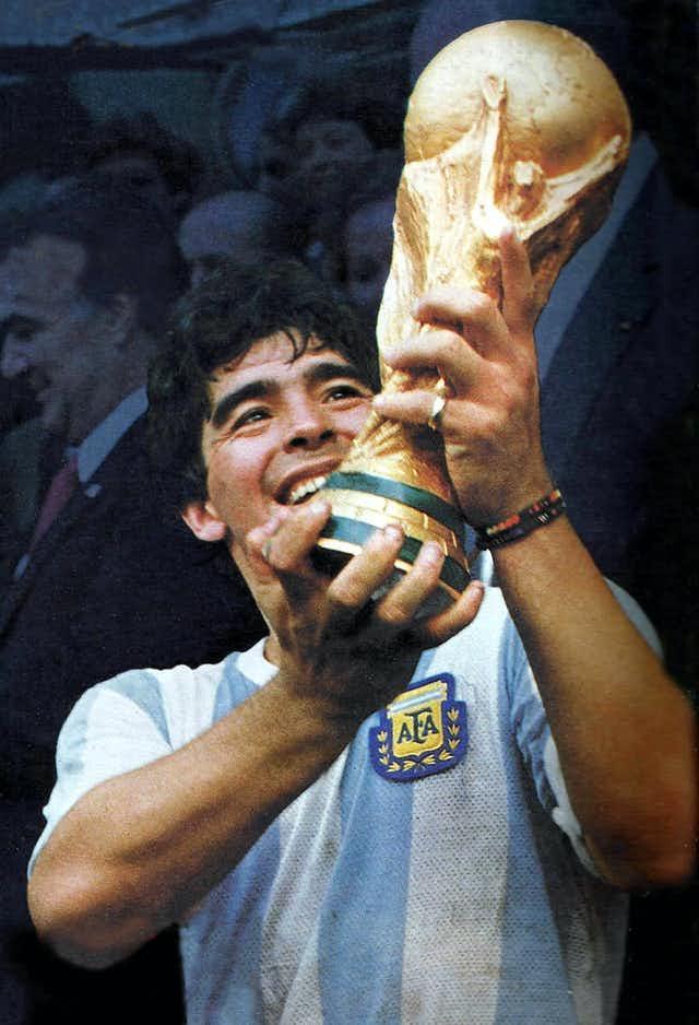 Maradona Wikimedia.jpeg
