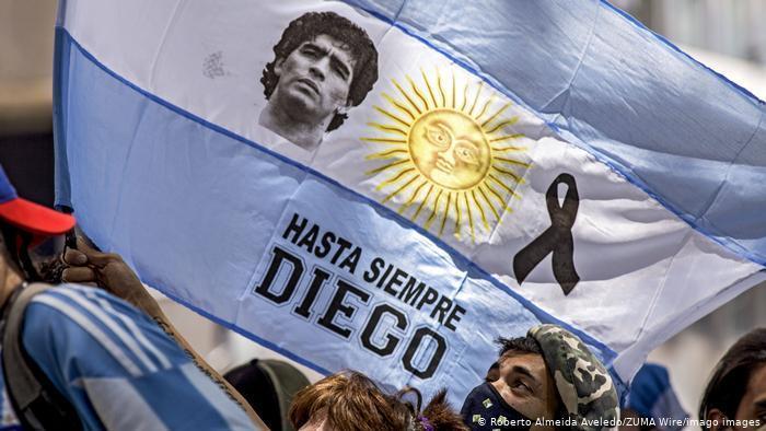 İspanyolca yazı- Ebediyete  Kadar Diego.jpg
