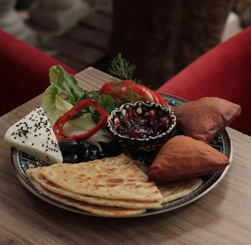 Çengelköy Cafe Afrika'da, Afrika yemeklerini tadabilirsiniz..jpg