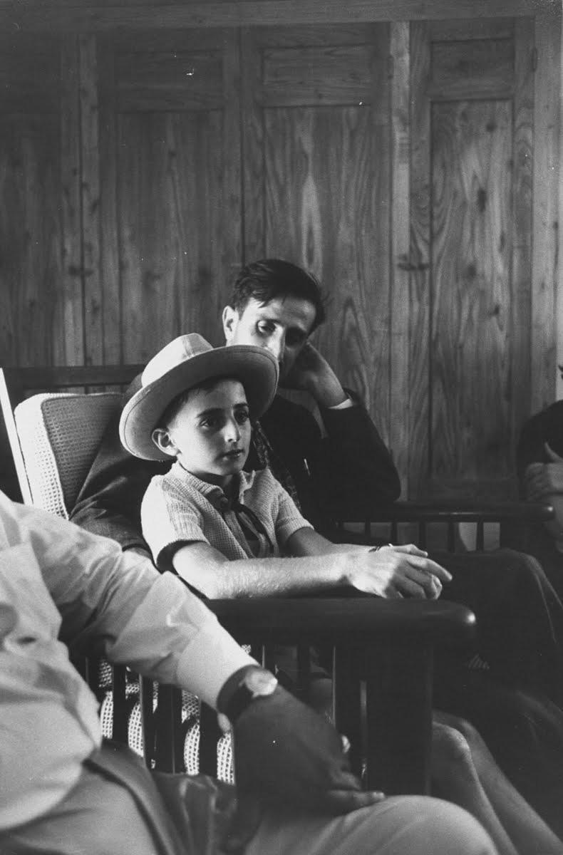 Baba Kemal ve oğul Velid Canbulat.jpg