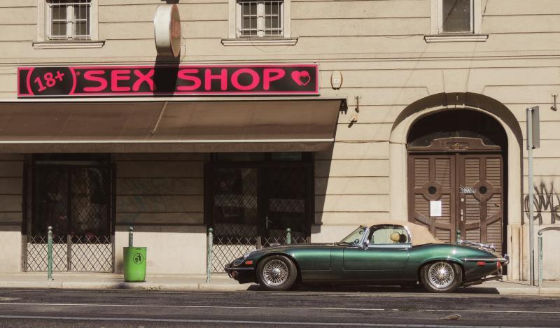 beyoğlu sex shop