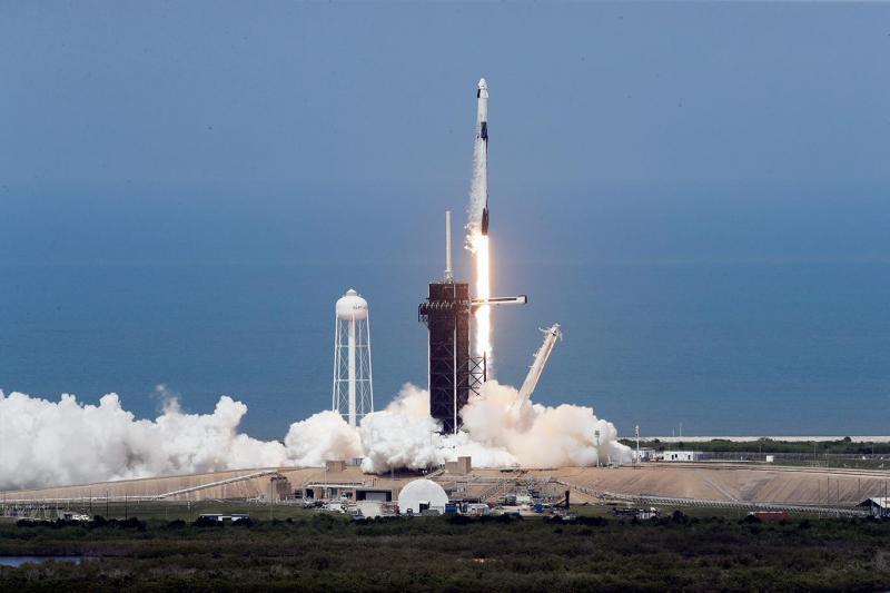 spacex Fotoğraf AP.jpg
