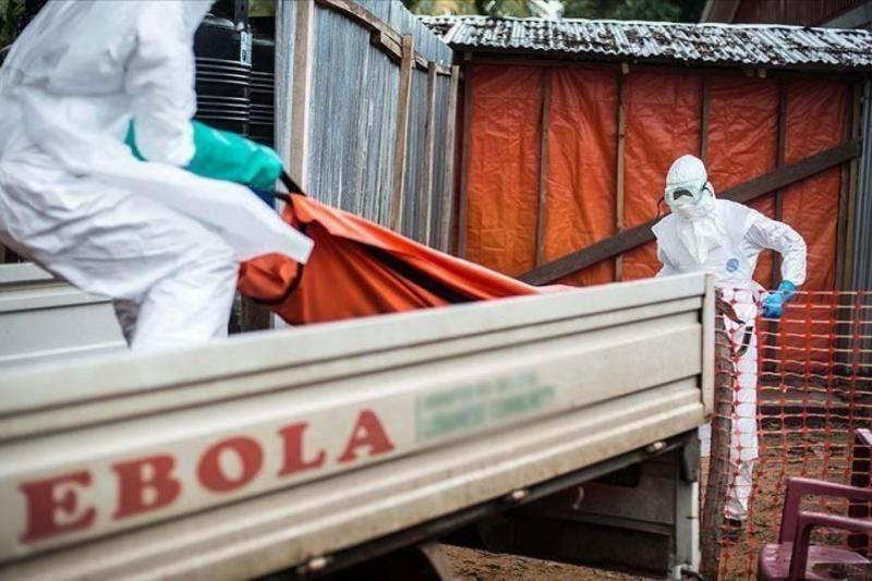 ebola aa.jpg