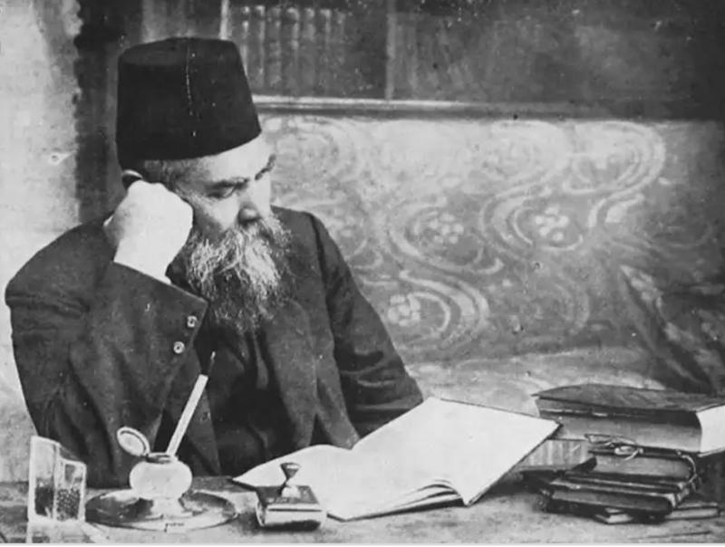 Ahmet Mithat Efendi-.jpg