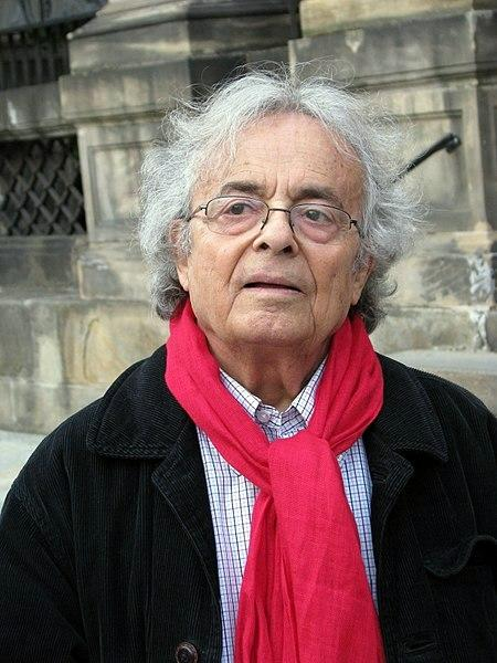 Gelişmeler ışığında ve laiklik ekseninde Arap isyanlarını eleştiren Suriye kökenli Fransız vatandaşı şair Adonis.JPG