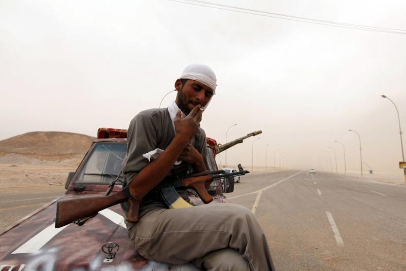 Libyalı bir milis-Neden tekrar çatıştığının bilincinde değil.jpg