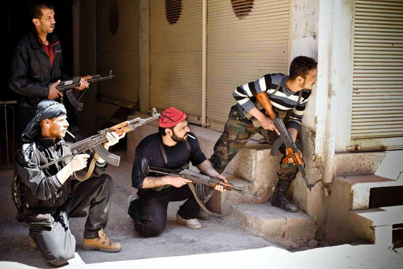 Özgür Suriye Ordusu militanları silahlı çatışmada-2 Nisan 2012-John Cantley