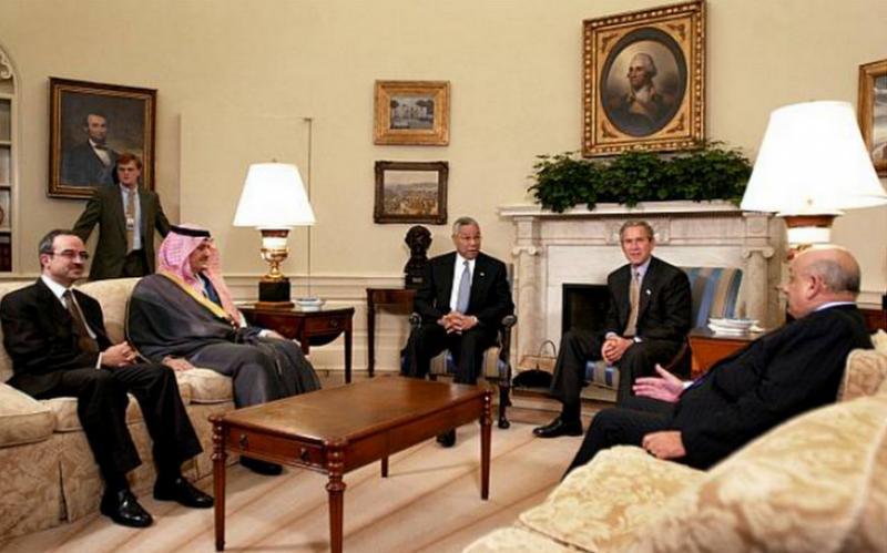 Eski Ürdün Dışişleri Bakanı Mervan El Mu'aşer, Bush ve Beyaz Saray yektilileriyle.