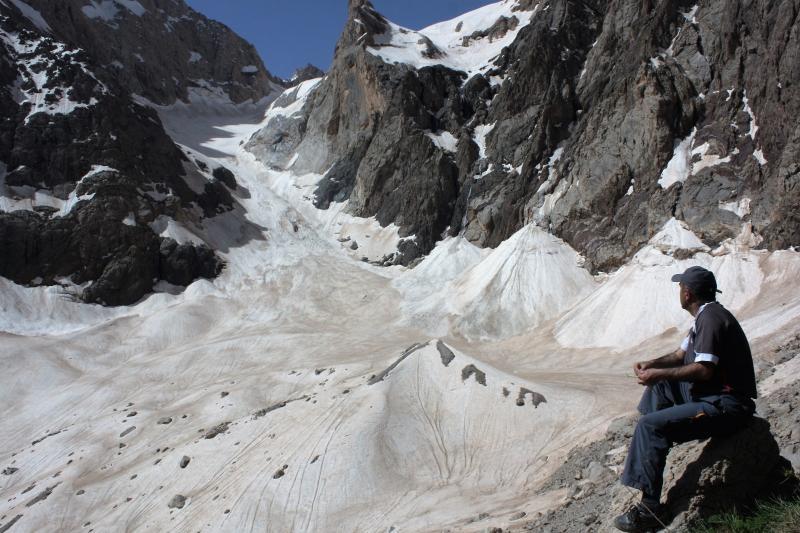 Türkiye'nin en büyük buzulu eriyor (Hacı Tansu) (1).jpg